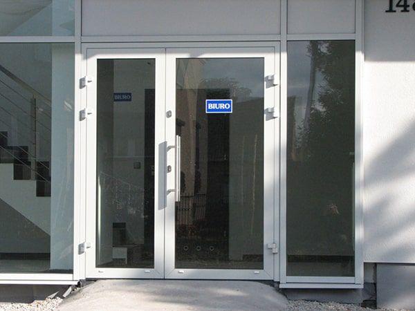 drzwi zewnętrze aluminiowe