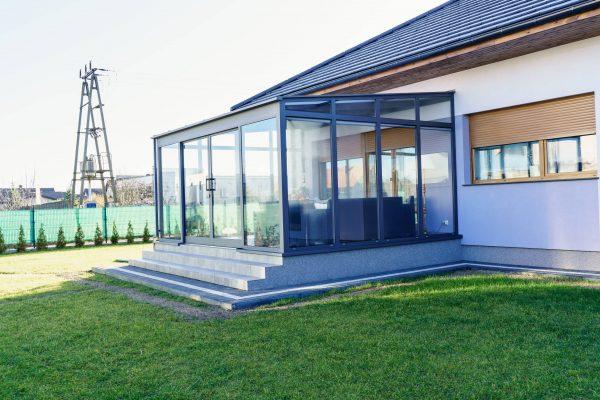Zabudowa tarasów Poznań - Konstrukcje aluminiowe KLATT